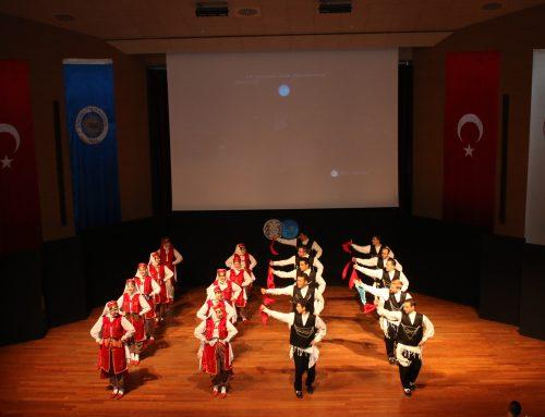 32 Yıllık Topluluktan 28'inci Gösteri (HOT)